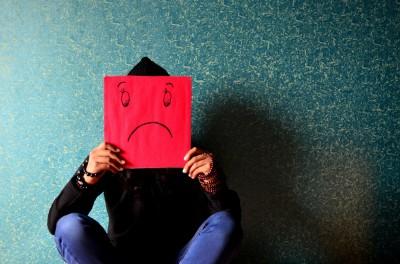 2e1ax_jsn_corsa_entry_Kras_werkstress_unhappy-face